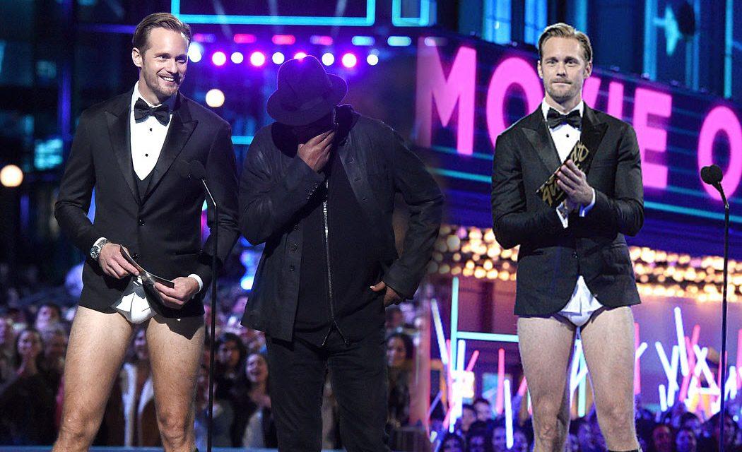 Alexander Skarsgård desnudo en los MTV Movie Awards