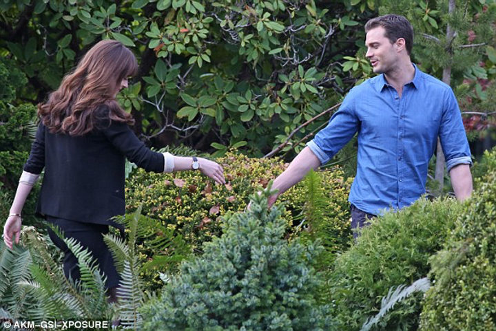 Jamie Dornan y Dakota Johnson se despiden en el set