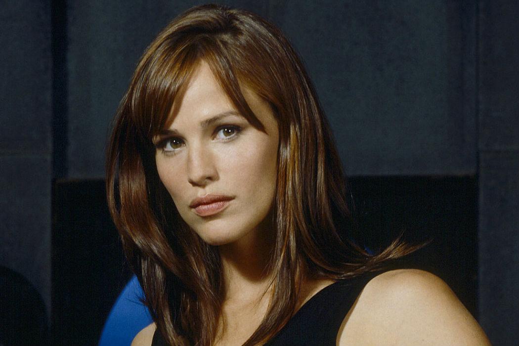 Jennifer Garner (Sydney Bristow)