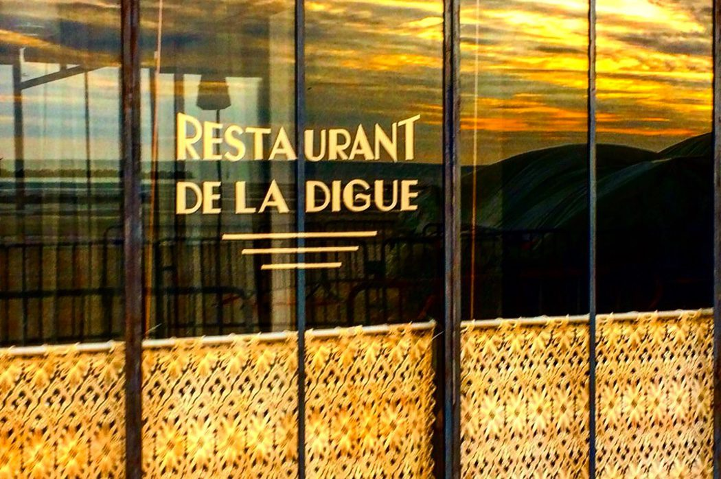 Restaurant de la Digue en el set de 'Dunkirk' de Christopher Nolan