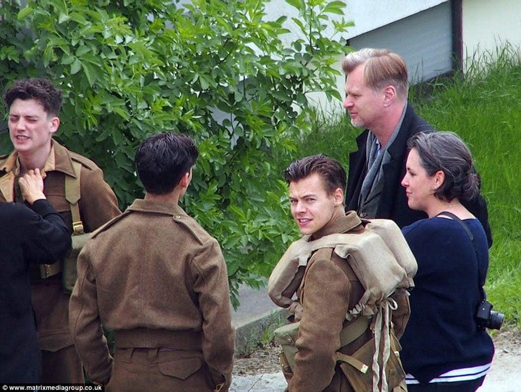 Harry Styles y Christopher Nolan reunidos con el equipo de 'Dunkirk'