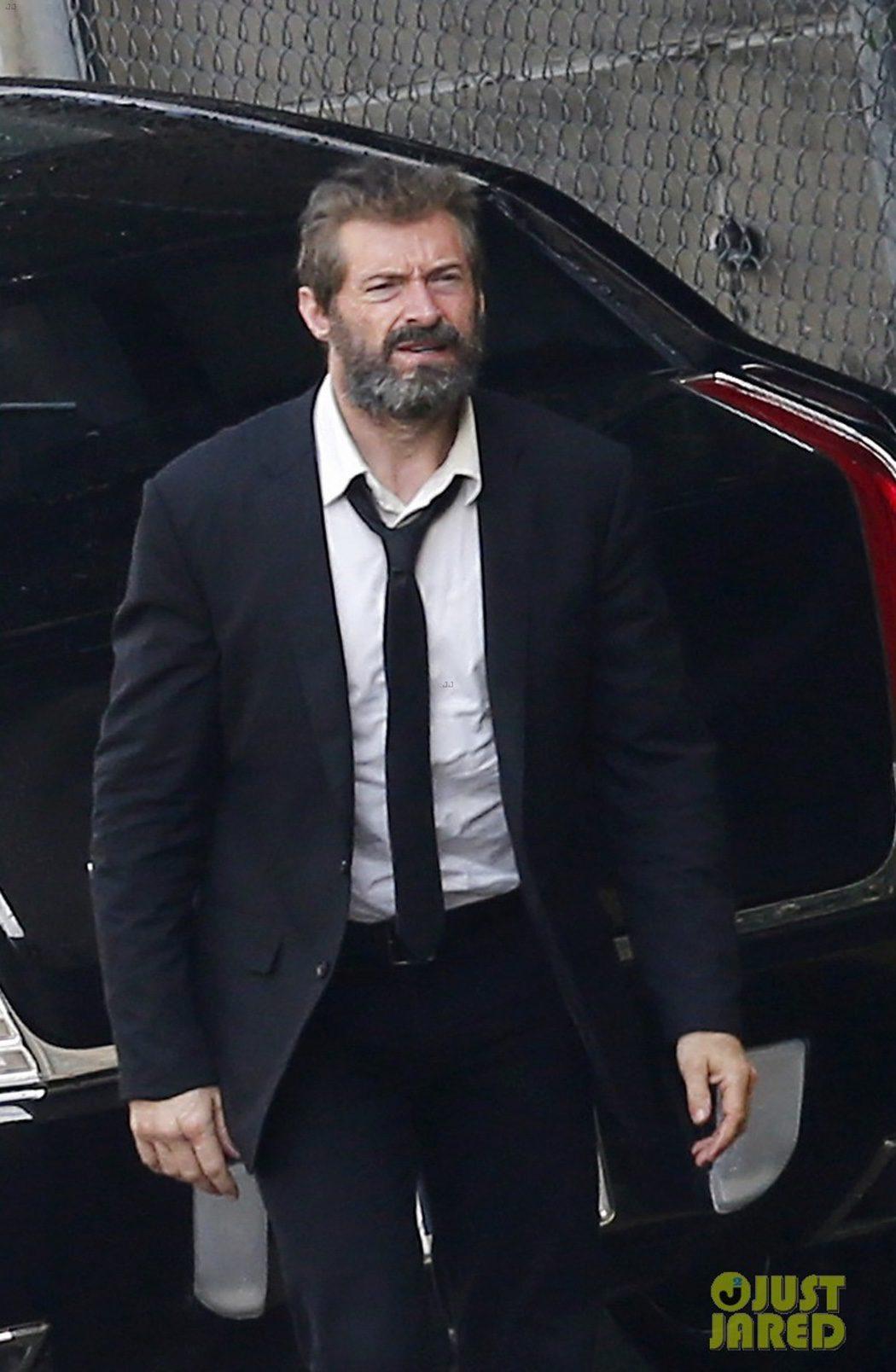 Hugh Jackman trajeado en el rodaje de 'Lobezno 3'