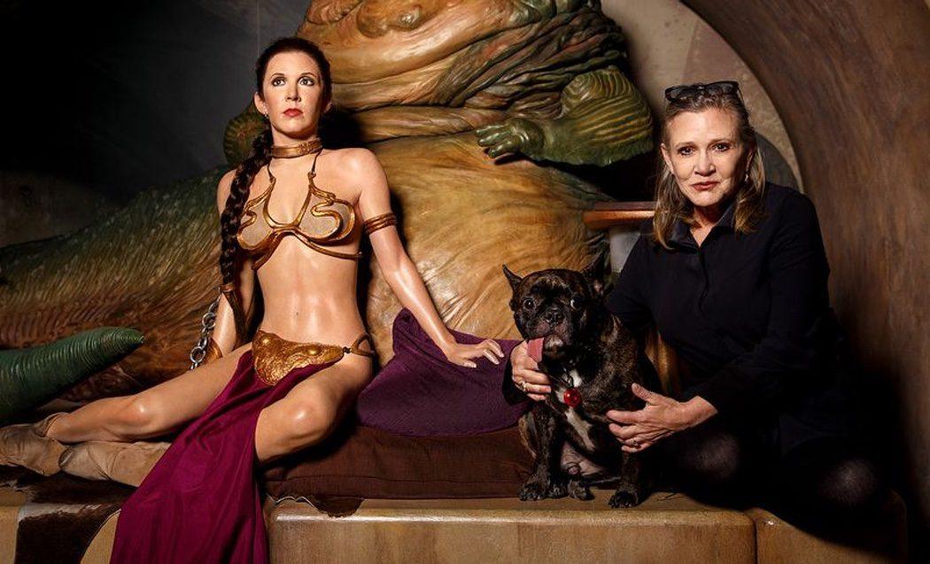 33 años después Fisher (con Gary) y Leia se encuentran
