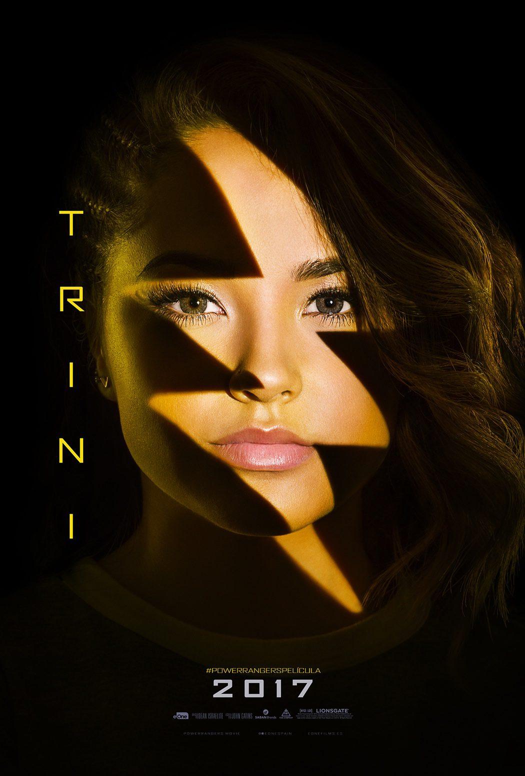 Trini (Becky G.): Power Ranger amarilla
