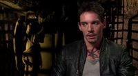 Entrevista exclusiva a Jonathan Rhys Meyers 'Cazadores de Sombras: Ciudad de Hueso'